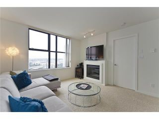 """Photo 8: 1505 989 BEATTY Street in Vancouver: Yaletown Condo for sale in """"NOVA"""" (Vancouver West)  : MLS®# V914855"""