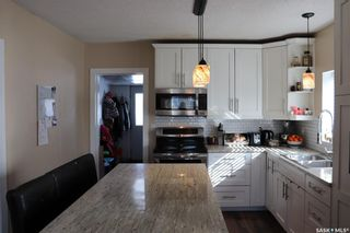 Photo 3: 107 4th Avenue in Aberdeen: Residential for sale : MLS®# SK845647