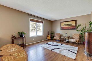 Photo 12: 137 Douglas Glen Manor SE in Calgary: Douglasdale/Glen Detached for sale : MLS®# A1116437