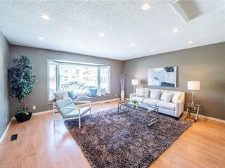 Photo 5: 2029 3 Avenue NW in Calgary: West Hillhurst Detached for sale : MLS®# C4291113