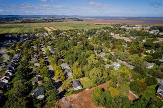 Photo 18: 21 Hillcrest Avenue in Wolfville: 404-Kings County Residential for sale (Annapolis Valley)  : MLS®# 202124195