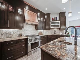 Photo 8: 413 31 Avenue NW in Calgary: Mount Pleasant Semi Detached for sale : MLS®# A1104669