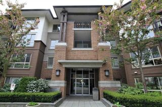 Photo 1: 411 11665 HANEY BYPASS in Maple Ridge: East Central Condo for sale : MLS®# R2263527
