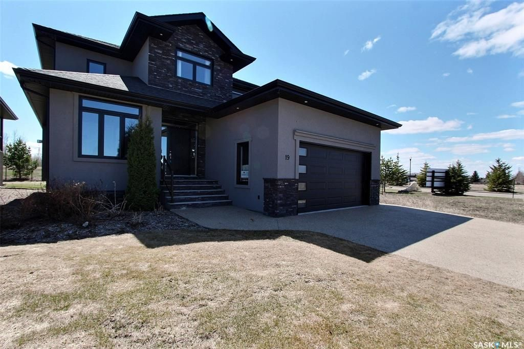 Main Photo: 19 Gurney Crescent in Prince Albert: River Heights PA Residential for sale : MLS®# SK845140