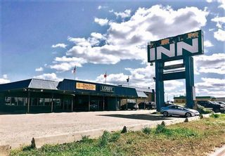 Photo 1: 4003 Highway Street: Valleyview Hotel/Motel for sale : MLS®# A1151658