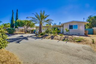 Photo 2: VISTA House for sale : 2 bedrooms : 1335 Foothill