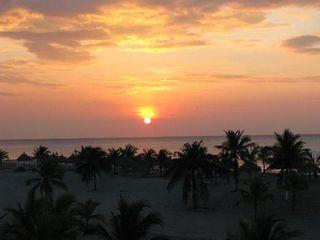 Photo 8: Playa Blanca Resort mid floor ocean view 199K