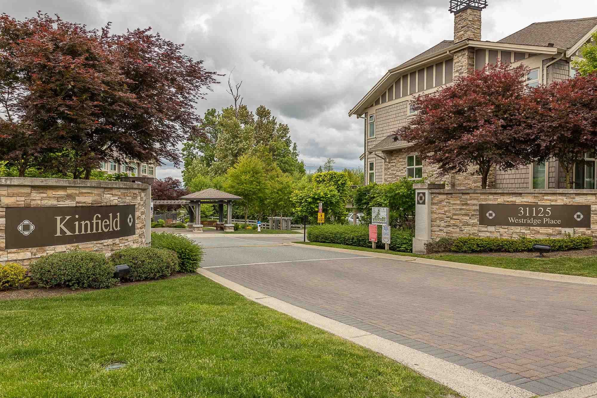 """Main Photo: 9 31125 WESTRIDGE Place in Abbotsford: Abbotsford West Townhouse for sale in """"Kinfield at Westerleigh"""" : MLS®# R2605091"""