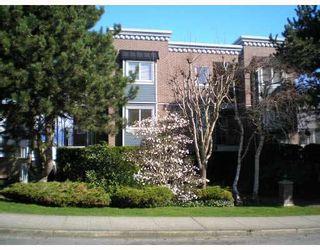 Photo 1: 203 2239 W 1ST AVENUE in Vancouver: Kitsilano Condo for sale (Vancouver West)  : MLS®# R2123402