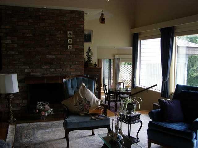 Photo 6: Photos: 512 ROCKMOYNE PL: Bowen Island House for sale : MLS®# V1024617