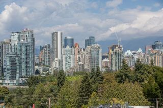 "Photo 26: 208 943 W 8TH Avenue in Vancouver: Fairview VW Condo for sale in ""Southport"" (Vancouver West)  : MLS®# R2487297"