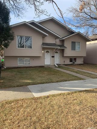Photo 1: 1123 I Avenue North in Saskatoon: Hudson Bay Park Residential for sale : MLS®# SK851648