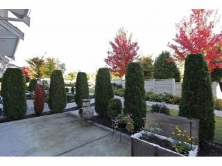 """Photo 19: 2 15454 32ND Avenue in Surrey: Grandview Surrey Townhouse for sale in """"Nuvo"""" (South Surrey White Rock)  : MLS®# F1324116"""