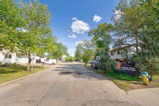Photo 3: 7357 180 Street in Edmonton: Zone 20 Townhouse for sale : MLS®# E4266060