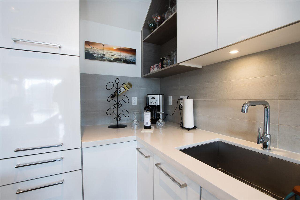 "Photo 14: Photos: 411 1628 W 4TH Avenue in Vancouver: False Creek Condo for sale in ""RADIUS"" (Vancouver West)  : MLS®# R2552543"