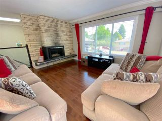 Photo 4: 555 55A STREET in Delta: Pebble Hill House for sale (Tsawwassen)  : MLS®# R2481635