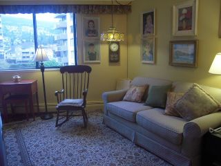 """Photo 9: 503 2165 ARGYLE Avenue in West Vancouver: Dundarave Condo for sale in """"Ocean Terrace"""" : MLS®# V919229"""