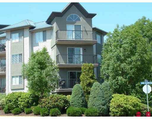 """Main Photo: 306 32725 GEORGE FERGUSON Way in Abbotsford: Abbotsford West Condo for sale in """"Uptown"""" : MLS®# F2821145"""