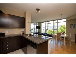 """Photo 5: 405 2520 MANITOBA Street in Vancouver: Mount Pleasant VW Condo for sale in """"VUE"""" (Vancouver West)  : MLS®# V1028189"""
