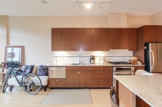 """Photo 11: 204 121 BREW Street in Port Moody: Port Moody Centre Condo for sale in """"ROOM"""" : MLS®# R2275103"""