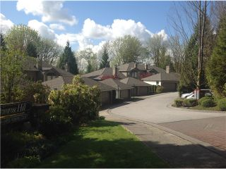 """Photo 11: 8828 ROBINS Court in Burnaby: Forest Hills BN Townhouse for sale in """"PRIMROSE HILL"""" (Burnaby North)  : MLS®# V1059645"""