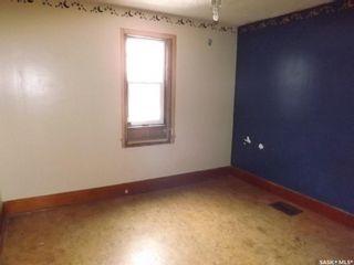 Photo 4: 185 Ross Street in Kisbey: Residential for sale : MLS®# SK800554