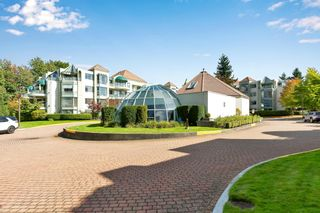 """Photo 40: 103 1745 MARTIN Drive in White Rock: Sunnyside Park Surrey Condo for sale in """"SOUTH WYND"""" (South Surrey White Rock)  : MLS®# R2617912"""