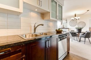 """Photo 18: 1704 1 RENAISSANCE Square in New Westminster: Quay Condo for sale in """"Q"""" : MLS®# R2539218"""