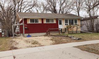 Photo 1: 651 Pasadena Avenue in Winnipeg: Fort Richmond Residential for sale (1K)  : MLS®# 202109016