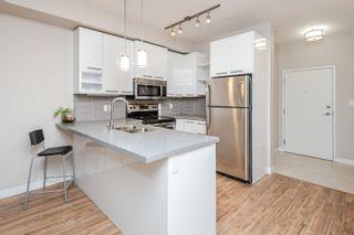 Photo 5: 211 10418 81 Avenue in Edmonton: Zone 15 Condo for sale : MLS®# E4264981