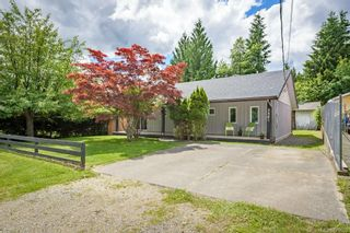 Photo 1: 3341 Egremont Rd in Cumberland: CV Cumberland House for sale (Comox Valley)  : MLS®# 879000