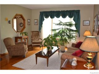 Photo 4: 71 Huntingdale Road in Winnipeg: River Heights / Tuxedo / Linden Woods Residential for sale (South Winnipeg)  : MLS®# 1613106