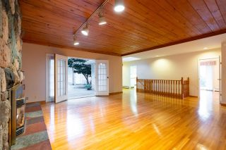 "Photo 20: 301 N HYTHE Avenue in Burnaby: Capitol Hill BN House for sale in ""CAPITOL HILL"" (Burnaby North)  : MLS®# R2531896"