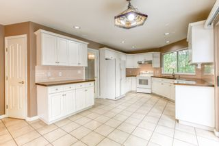 """Photo 7: 3318 ROBSON Drive in Coquitlam: Hockaday House for sale in """"HOCKADAY"""" : MLS®# R2473604"""