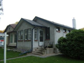 Photo 1: 820 DUDLEY Avenue in WINNIPEG: Fort Rouge / Crescentwood / Riverview Residential for sale (South Winnipeg)  : MLS®# 1018815