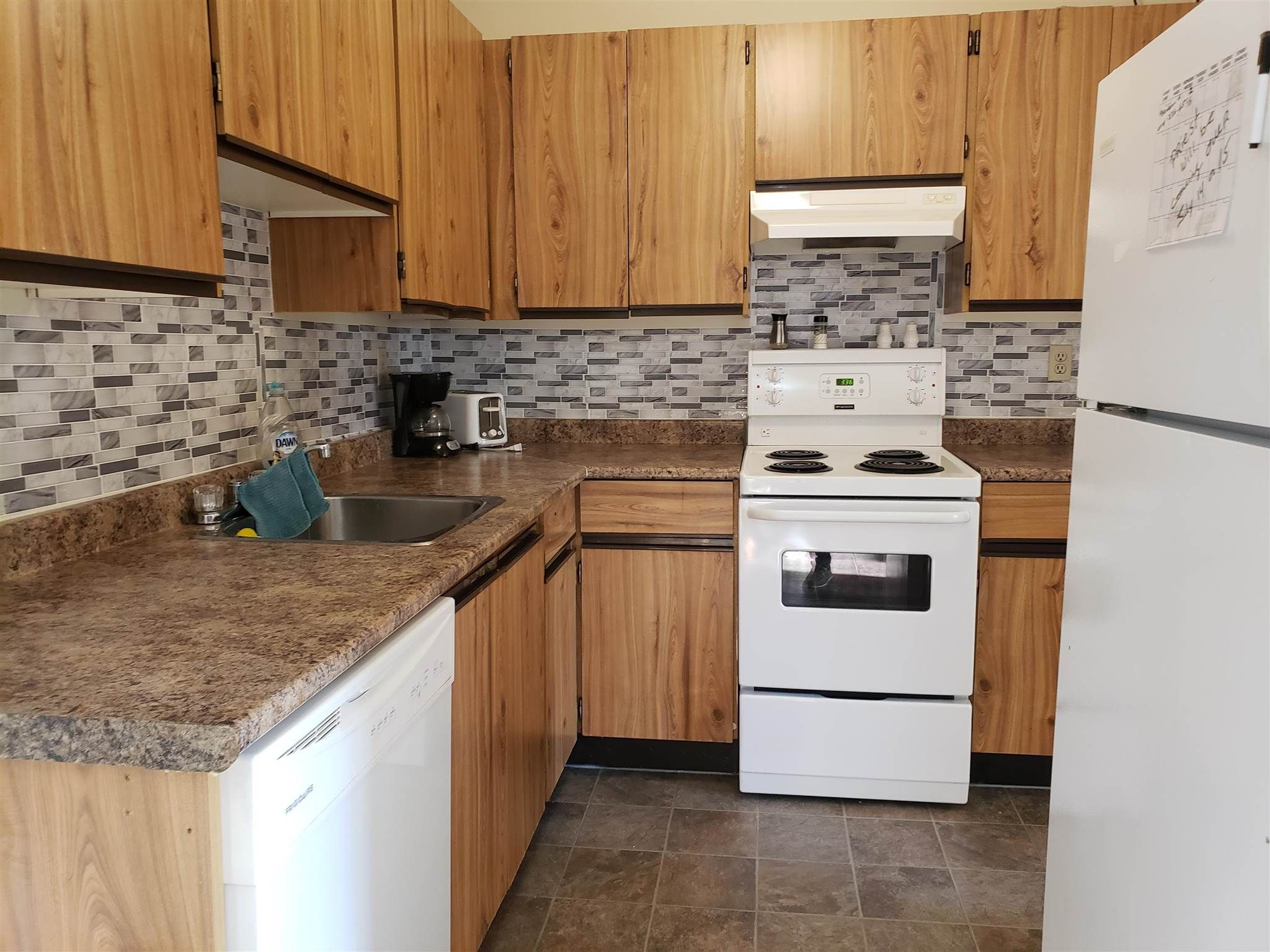 """Main Photo: 216 45749 SPADINA Avenue in Chilliwack: Chilliwack W Young-Well Condo for sale in """"CHILLIWACK GARDENS"""" : MLS®# R2601444"""