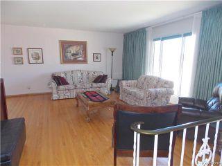 Photo 3: 60 Whitehall Boulevard in Winnipeg: Residential for sale : MLS®# 1610686