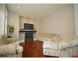 """Photo 5: 6118 163B Street in Surrey: Cloverdale BC House for sale in """"Vista's West"""" (Cloverdale)  : MLS®# F2924301"""