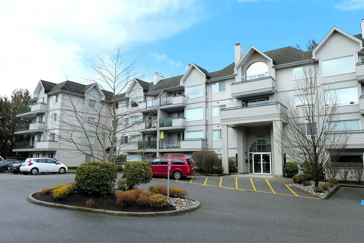 """Main Photo: 409 33708 KING Road in Abbotsford: Poplar Condo for sale in """"College Park Place"""" : MLS®# R2448232"""