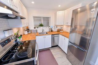 Photo 19: 1717 Jefferson Ave in : SE Mt Doug House for sale (Saanich East)  : MLS®# 866689