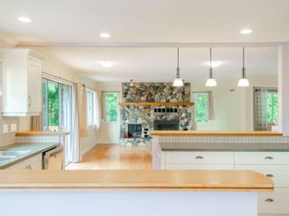 Photo 4: 530 Noowick Rd in : ML Mill Bay House for sale (Malahat & Area)  : MLS®# 877190