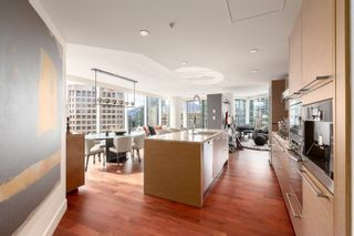 """Photo 3: 1902 1111 ALBERNI Street in Vancouver: West End VW Condo for sale in """"Shangri-La Live/Work"""" (Vancouver West)  : MLS®# R2605560"""