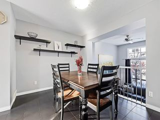 Photo 5: 3072 New Brighton Garden SE in Calgary: New Brighton Row/Townhouse for sale : MLS®# C4300460