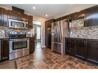 """Photo 9: 6132 185A Street in Surrey: Cloverdale BC House for sale in """"Eagle Crest"""" (Cloverdale)  : MLS®# R2204506"""