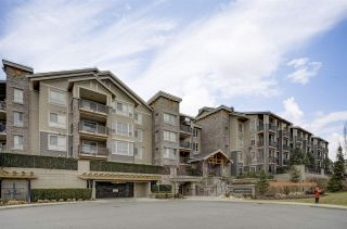 "Photo 2: 125 5655 210A Street in Langley: Salmon River Condo for sale in ""Cornerstone North"" : MLS®# R2346378"