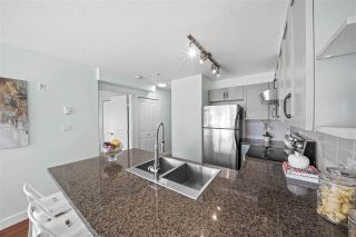 """Photo 10: 309 2008 BAYSWATER Street in Vancouver: Kitsilano Condo for sale in """"Black Swan"""" (Vancouver West)  : MLS®# R2492765"""