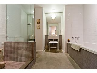 """Photo 2: 104 388 W 1ST Avenue in Vancouver: False Creek Condo for sale in """"THE EXCHANGE"""" (Vancouver West)  : MLS®# V975965"""