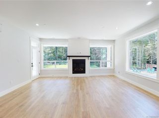 Photo 10: 2504 West Trail Crt in Sooke: Sk Broomhill House for sale : MLS®# 844745