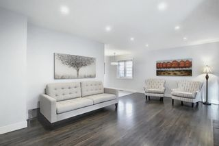 Photo 5: 736 WILLACY Drive SE in Calgary: Willow Park Detached for sale : MLS®# A1057135