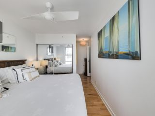 """Photo 17: 2305 1077 MARINASIDE Crescent in Vancouver: Yaletown Condo for sale in """"MARINASIDE RESORT"""" (Vancouver West)  : MLS®# R2544520"""